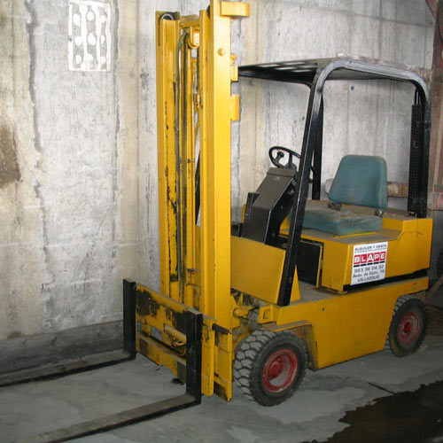 Carretilla industrial Caterpillar 1.500 kg (Nº 13U)